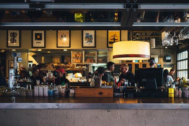 restaurant-beschallung-gastronomie-lautsprecher-bar-audio-musik-690569_640