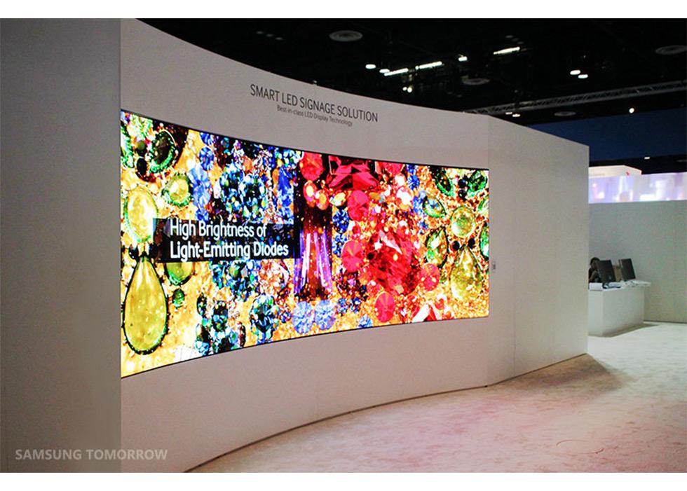Samsung-Smart-LED-Signage-LED-Wallv